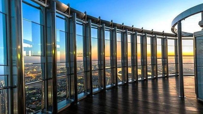 Burj Khalifa + Dubai Mall Tour